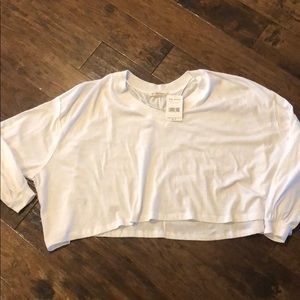 Free people woman's oversized crop top NWT, size S